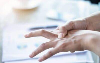 Opération du doigt à ressaut : zoom sur le traitement sous échographie